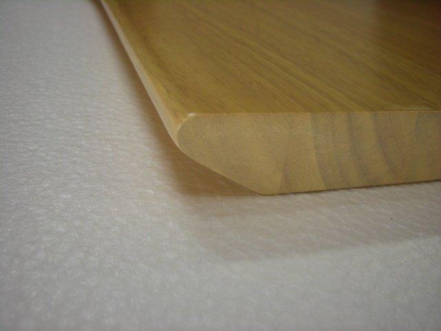 テーブル天板ムク材仕上げ