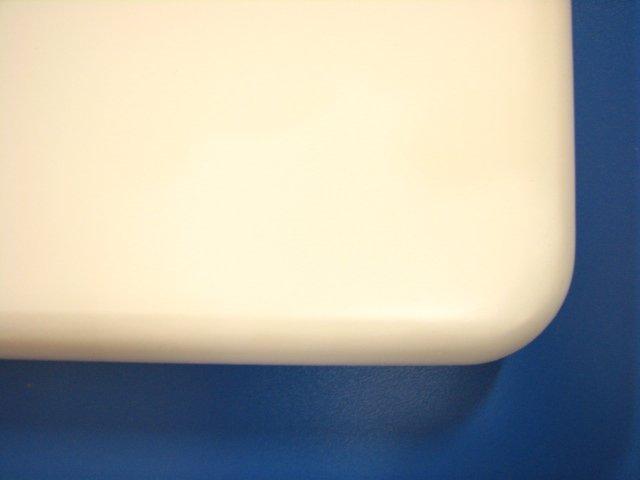ゴム集成材カウンター白色塗装