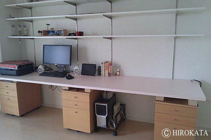 壁面設置型学習机