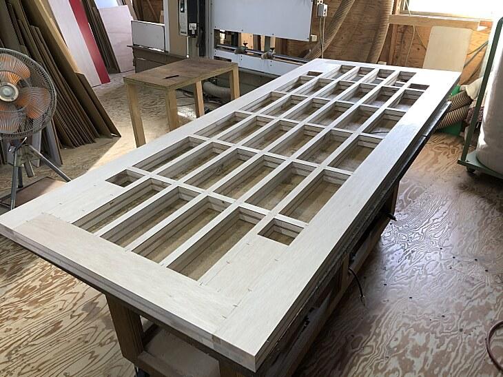 テーブル天板軽い軽量化工法(フラッシュ工法)