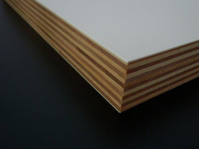 積層シナ共芯合板無塗装シャープな直角形状