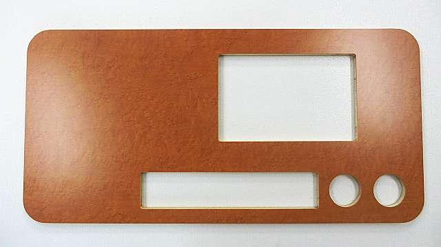 メラミン化粧板天板への開口加工 焼肉店テーブル等に対応できます。