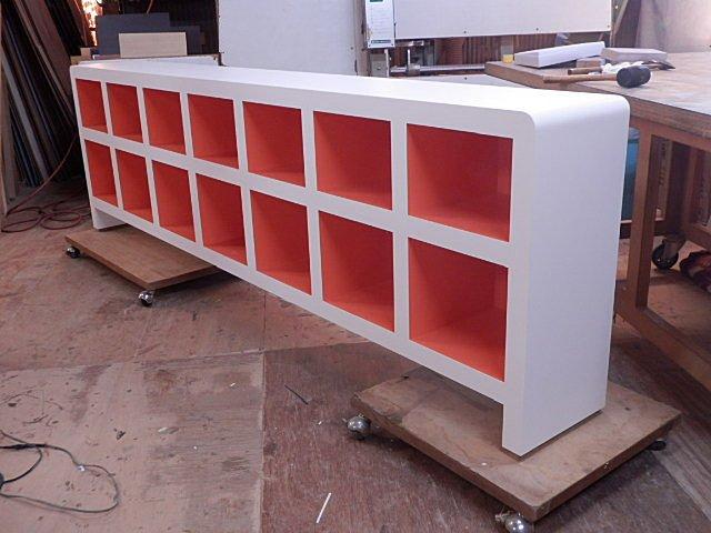 メラミン化粧板製の美容室用の陳列家具