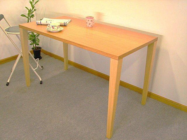メラミン化粧板貼りつけのテーブル脚
