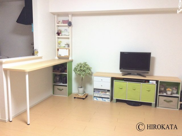 キッチンカウンターとテレビ台の天板(アイカメラミン化粧板)