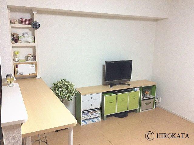 対面キッチンカウンターとテレビ台用のカウンター天板