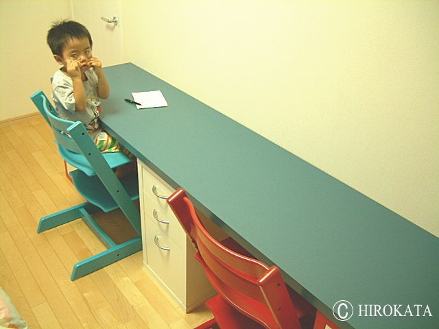 カラーボックスで勉強机・子供机DIY専用天板