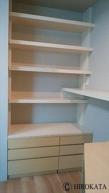 造り付け本棚自作で組み立てDIY