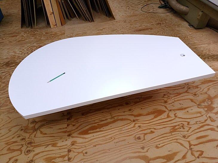 パソコンデスク天板 白色曲線形状
