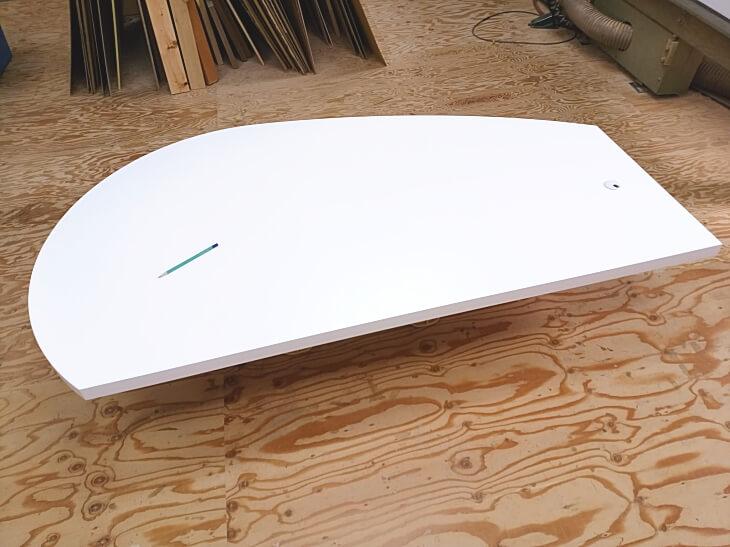 変型曲線ダイニングテーブル