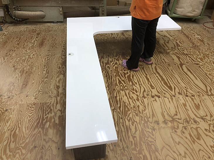 L型ダイニングテーブル壁取り付け用