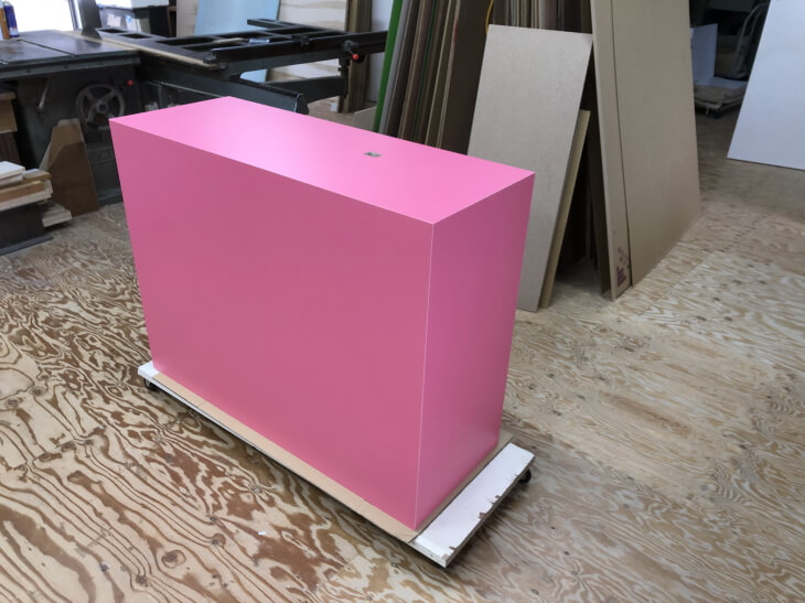 作品展示台 モニター台 ピンク色