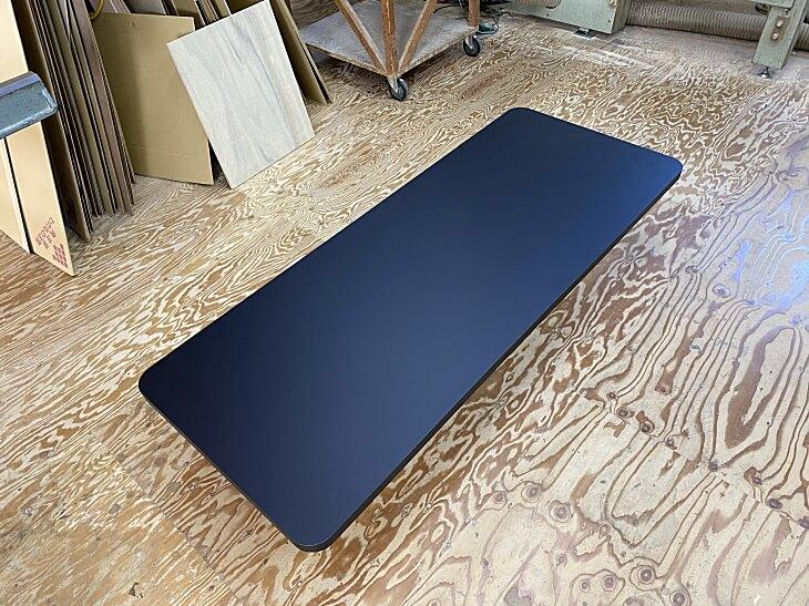 ダイニングテーブル天板抗菌仕様の黒メラミン化粧板TK-6400K