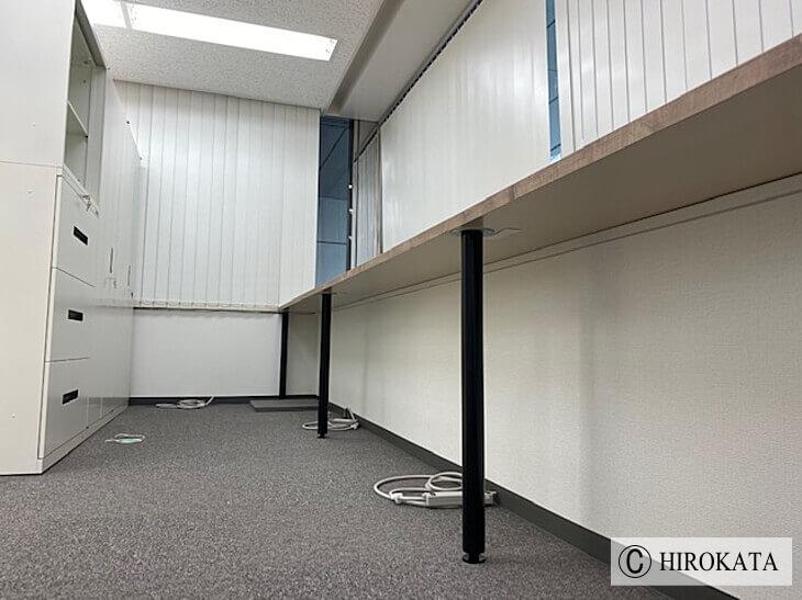 ストック収納作業台拡張天板設置事例