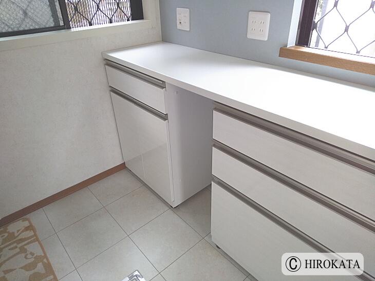引き出し家具にのせるキッチンカウンターの天板