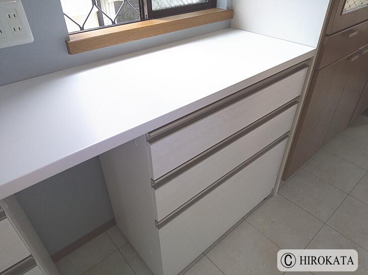 ポストフォームを使ったキッチンカウンターの天板