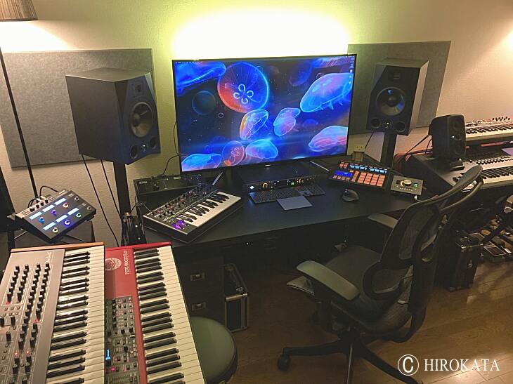 音楽制作作業用PCデスク