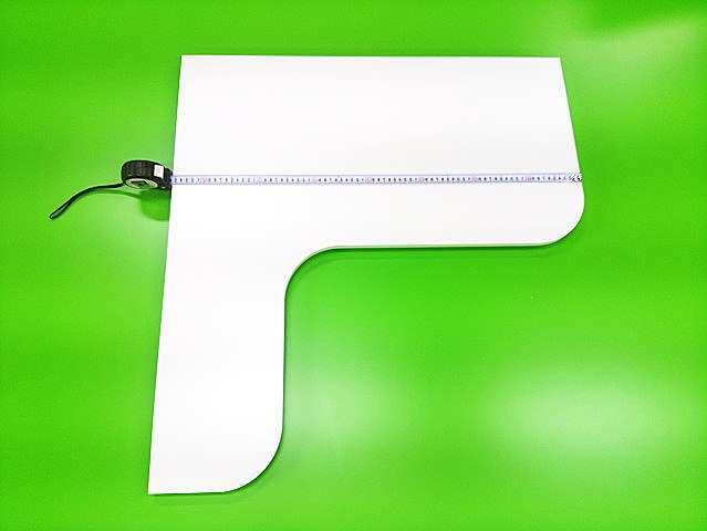 L型棚板ポリエステル化粧合板仕上げ